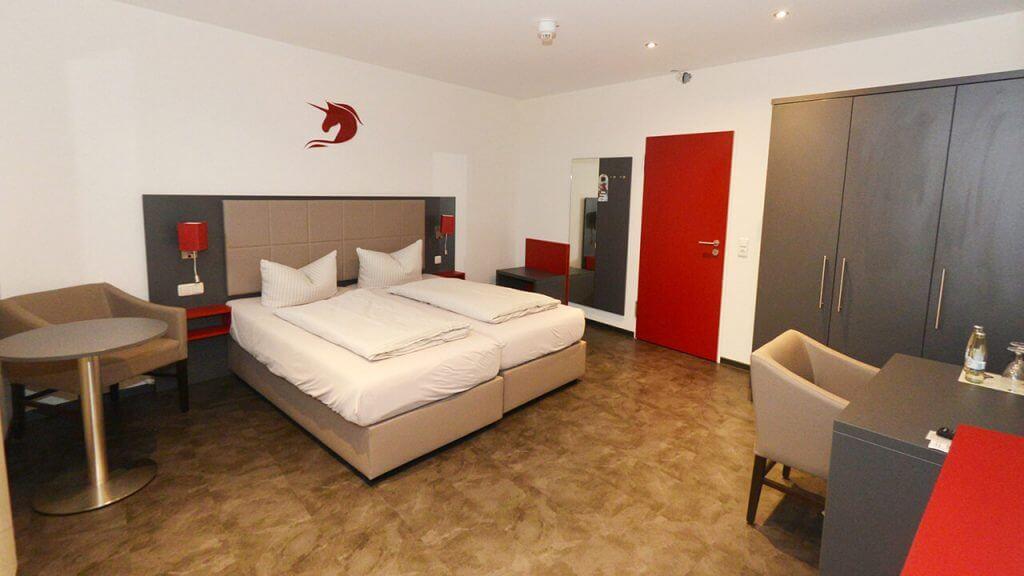 Doppelzimmer Hotel-Restaurant Rotes Einhorn 3 Sterne